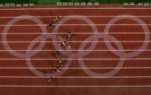 Usain-Bolt-usain-bolt-2097468-594-376